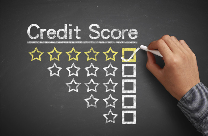 Top 4 Tips on How You Should Be Checking Your Credit Score